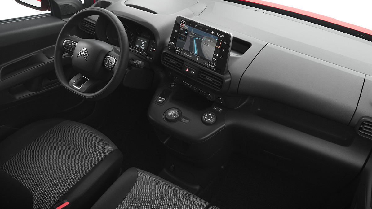 citroen-berlingo-driver-interior.jpg